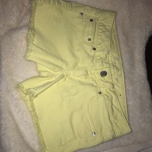 Yellow aeo shorts
